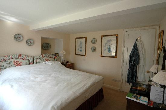 Wren House Bed & Breakfast: Comfortable bedroom