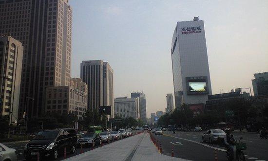 Seoul, South Korea: たまたま写真撮影していました。