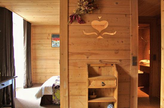 Hotel Chalet d'Antoine: Salon Style Room