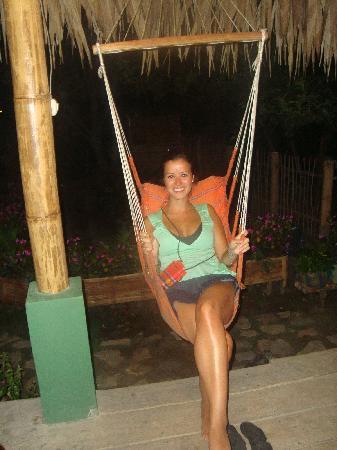 Hostal Kundalini: Disfrutando una noche en el bar de Kundalini