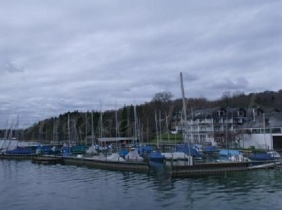 Starnberger See: boats at Possenhofen
