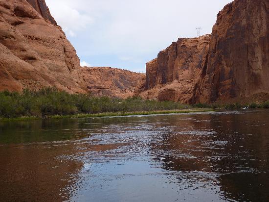 Arizona Tour & Travel -  Day Tours: Glen Canyon - Colorado River Float