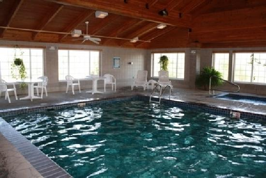 Country Inn & Suites By Carlson, Billings: Pool