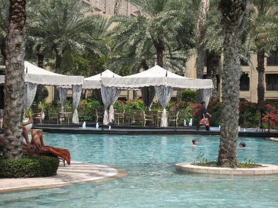 Arabian Court at One&Only Royal Mirage Dubai : The Pool
