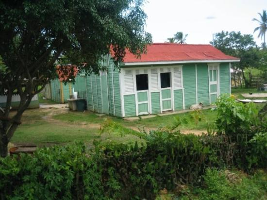 Higuey, Den Dominikanske Republik: A typical dominican house in the country areas