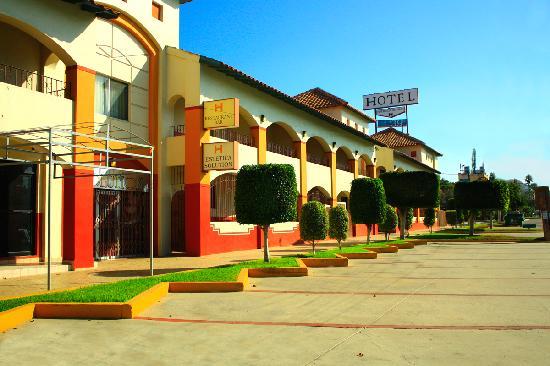 Hotel Hacienda del Mar: side ways