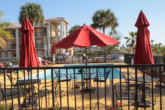Days Inn Clermont Theme Park West: Much Enjoyed Outdoor Pool