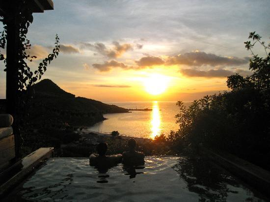 Hermitage Bay: Sunset at our plunge pool