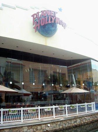 Planet Hollywood : 100_2274.jpg