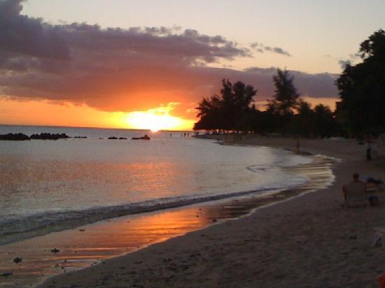Sands Suites Resort & Spa : sunset
