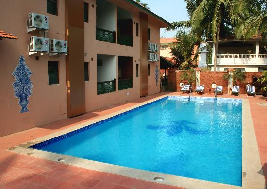 Casa severina bewertungen fotos preisvergleich for Swimming pool preisvergleich