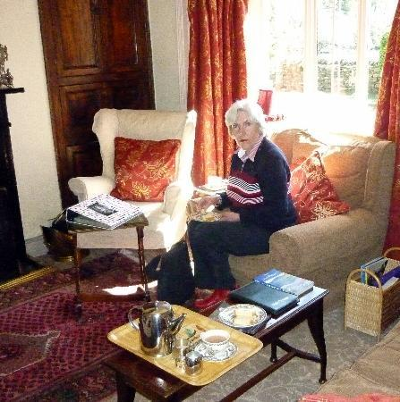 Nab Cottage : The lounge (the file on the table contains newspaper cuttings about the history of the cottage)