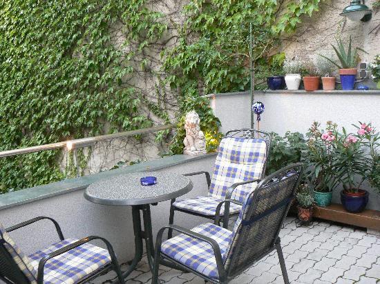 Pension VITIS: Terrasse