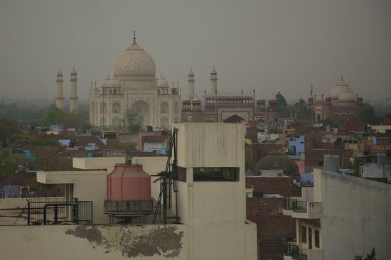 The Gateway Hotel, Agra: View of the Taj from our room