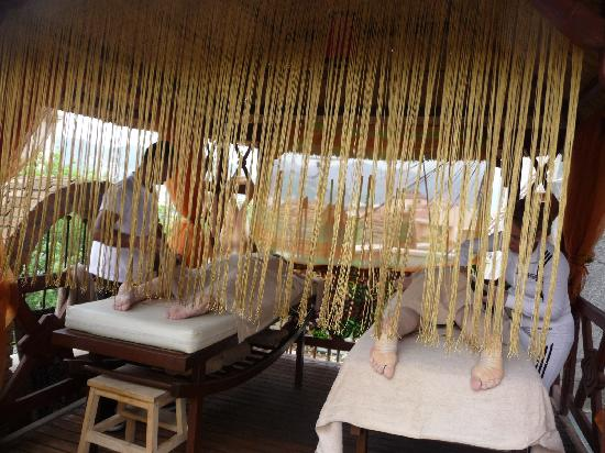 Grand Cettia Hotel: The outdoor massage area