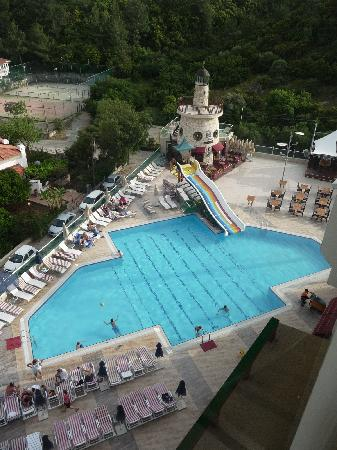 Grand Cettia Hotel: Great pool area