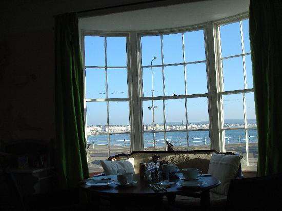 Roundhouse Hotel: View from breakfast room