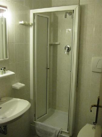 Casa Santa Maria alle Fornaci: bathroom