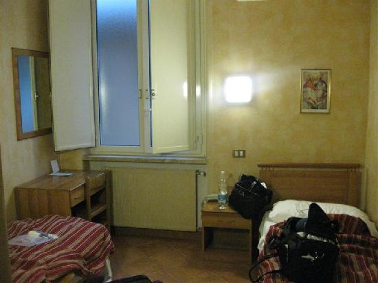 Casa Santa Maria alle Fornaci: room