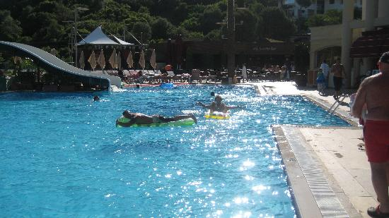 Grand Cettia Hotel: Pool