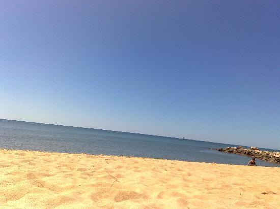 QuarteiraSol: beach near Quarteria Sol