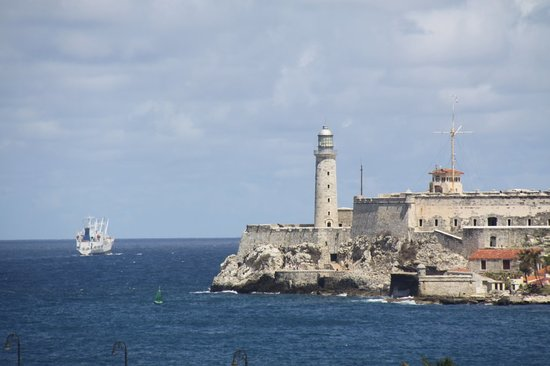 Havana, Kuba: harbour and fortress