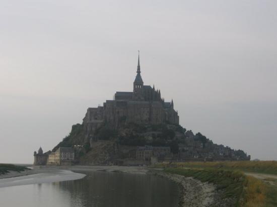 Saint-Michel-de-Castelnau Φωτογραφία