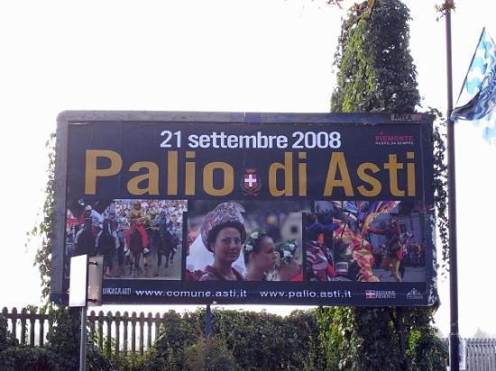 Asti 呢D小鎮好少人識English, 全程焗睇(估)Italian!