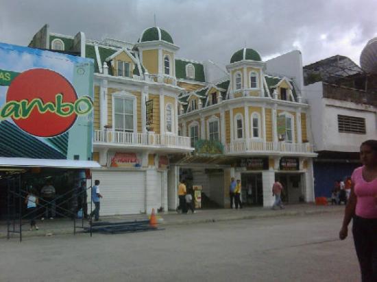 Este edificio me recuerda a Curacao.