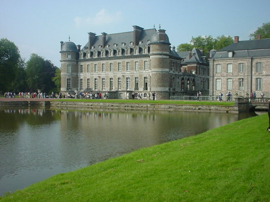 ‪Chateau de Beloeil (Beloeil Castle)‬