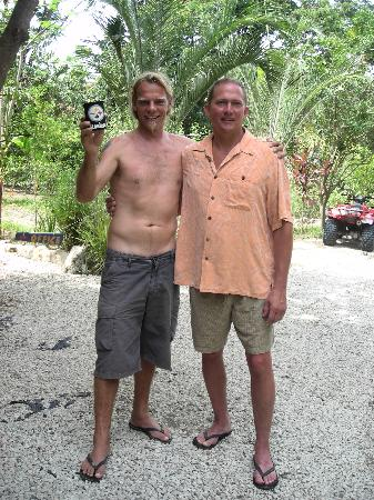 Pachamama Tropical Garden Lodge: Your host - Franz, a new Steeler fan!