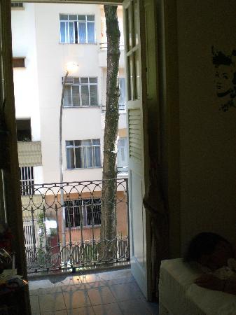 Art Hostel Rio: Habitación con mucha luz