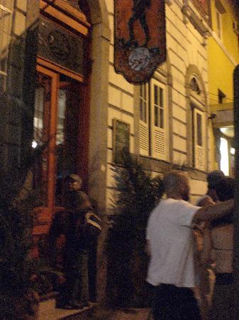 Art Hostel Rio: La entrada