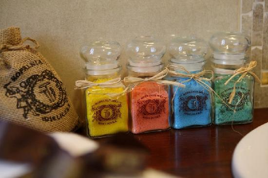 Grand Sal Hotel : Bath products made from Wieliczka salt
