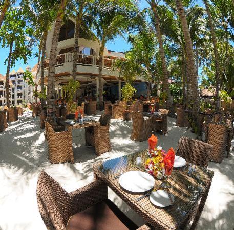 Ambassador in Paradise Resort: Ambassador Restaurant