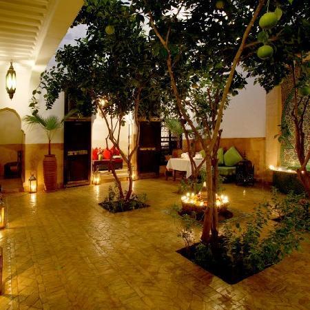 Riad Houdou: patio