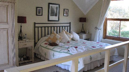Auberge La Dauphine: Typical Room