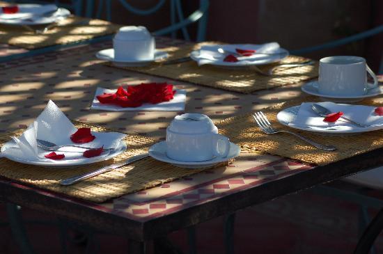 Riad Dar Dialkoum: Ambiance romantique au rendez vous