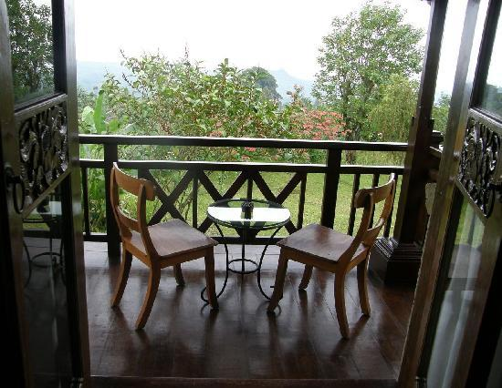 Anaheim Villa Lake Buyan: Balcony
