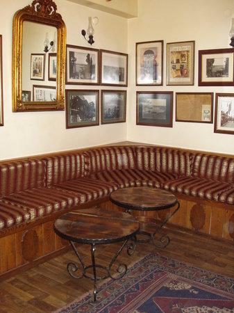 Pierre Loti Cafe