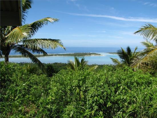 Aitutaki Lagoon: Small islands