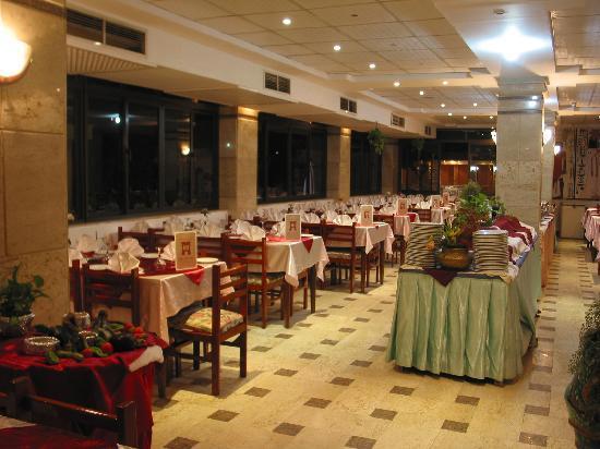 Karnak Hotel: resrarnt