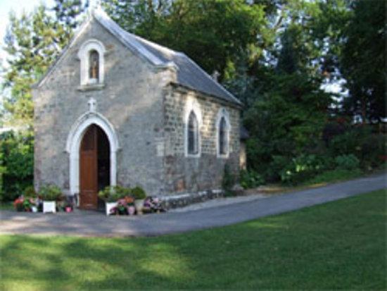Wièrre-Effroy, France : chapelle en hommage à Ste Godeleine