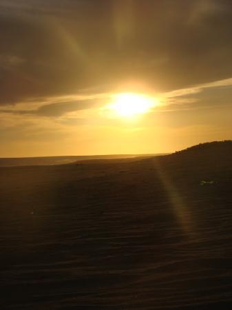 Posada Zaira del Mar : Atardecer desde la playa a 20 metros deel hotel, paz, super desestresante...
