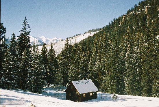 Pioneer Guest Cabins: Alpenglow Cabin