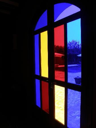 Jereca Farm : Window in to Library