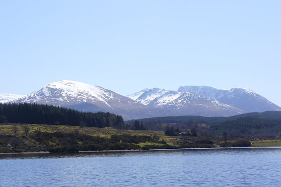 Spean Bridge, UK: Nevis range from Letterfinlay speedboat