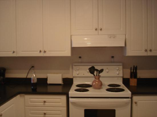 The Rosemont Residences: Kitchen