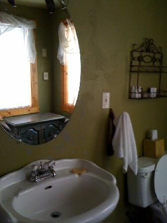 Idyllwild, Kaliforniya: Large cabin bathroom