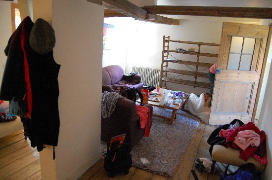 La Maison Zenasni: living area